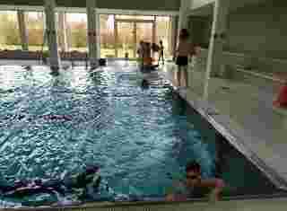 Hodina plavání